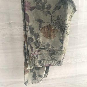 Zara Skinny Flower Jeans